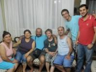 Semi (avec ses lunettes), sa famille... Et moi