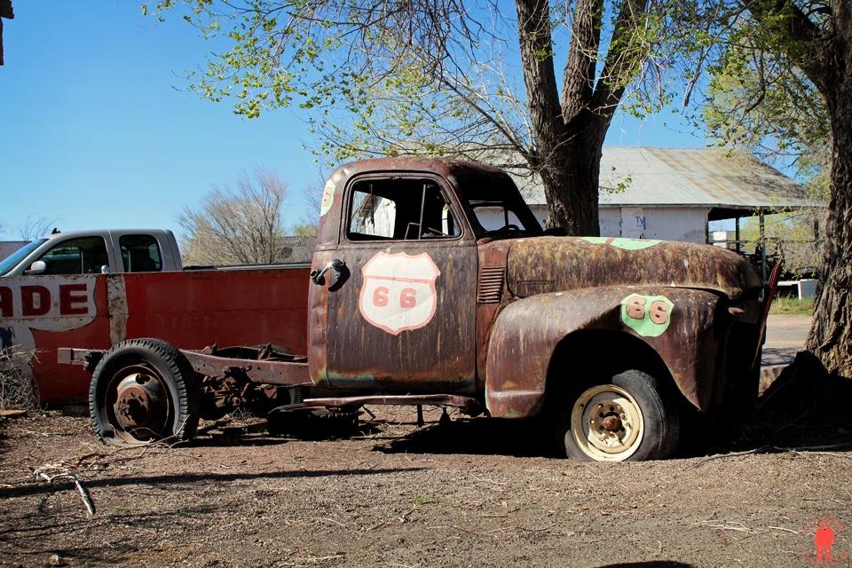 Route 66 - Camion Abandonné