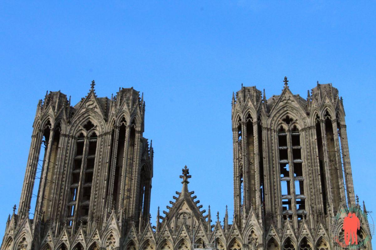 Visiter Reims : Entre Bulles Sacrées et Sacres !
