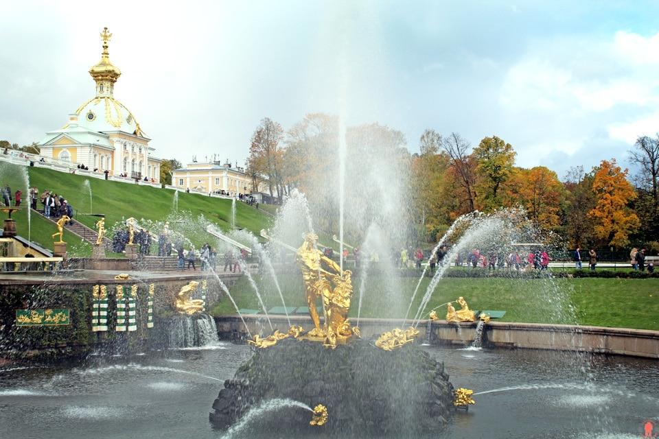 Palais de Peterhof-Statue-Sansom_2