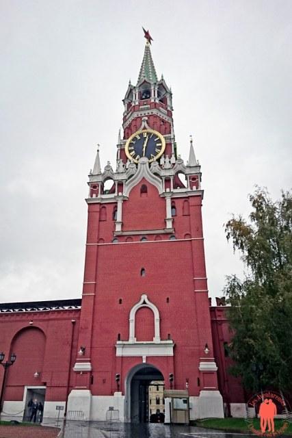 Visiter Moscou Entree Kremlin3