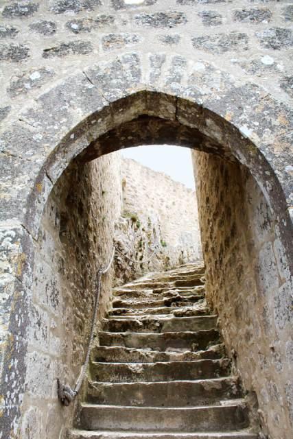 Escalier-saint-louis-Donjon-san-jordi-Peyrepertuse - Châteaux Cathares