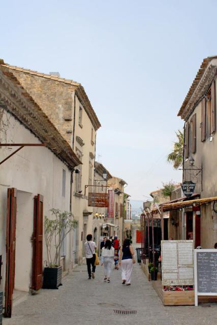 Ruelles-Carcassonne-3