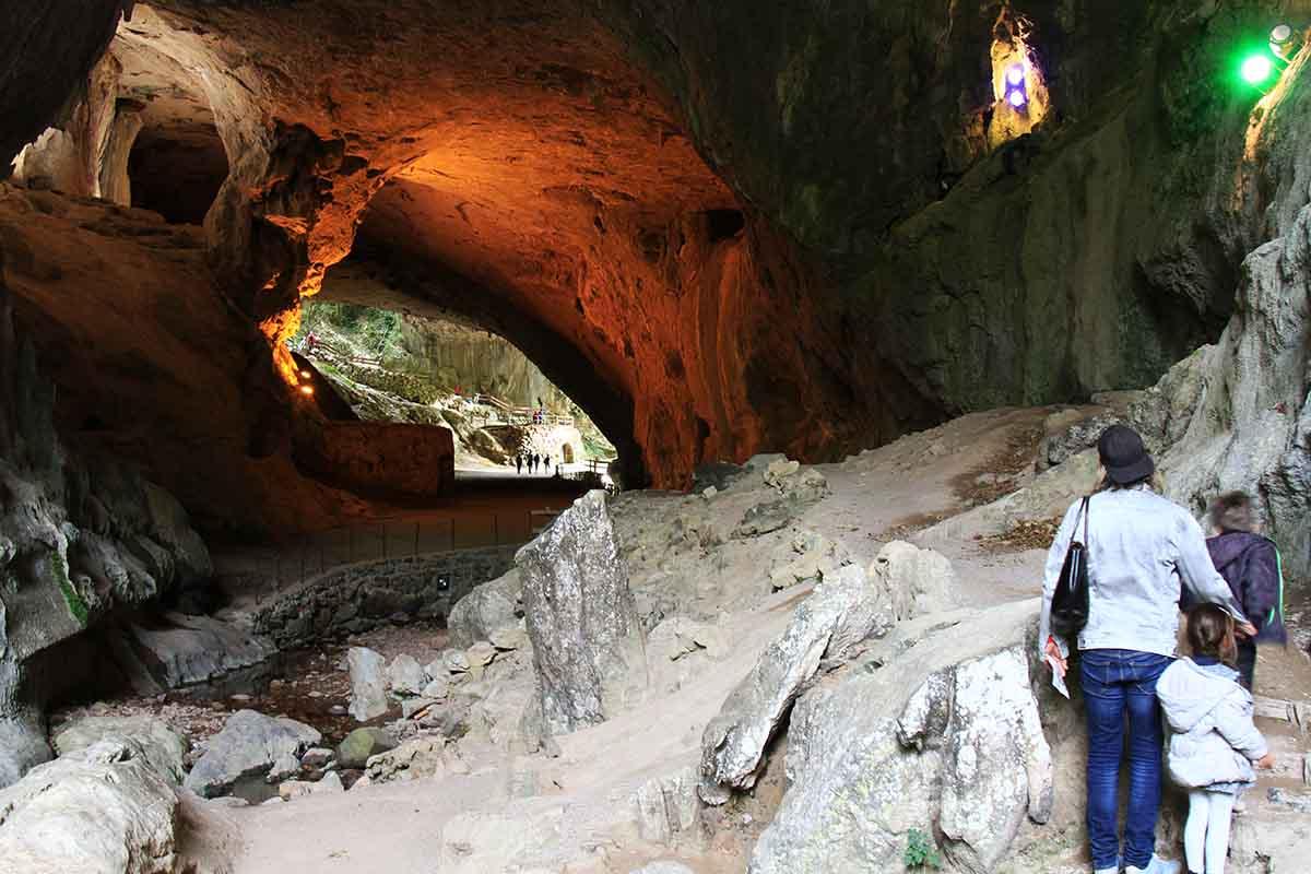 La Grotte des Sorcières à Zuggarramurdi