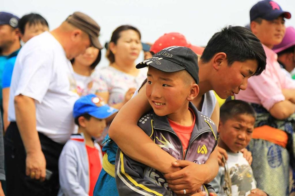 mongols-fete-national-naadam