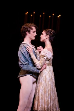 Romeo and Juliet. Photo Alice Pennefather, courtesy of ROH