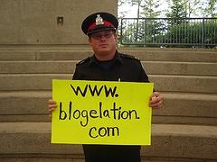blogelation2006-kennyVspenny-constablebrown