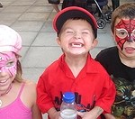 buskerfest2006-2-smileykids (Blogelation – Buskerfest 2006 – Day 2)