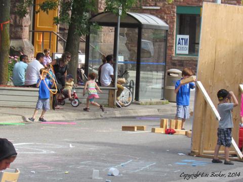 Kids in the Street!