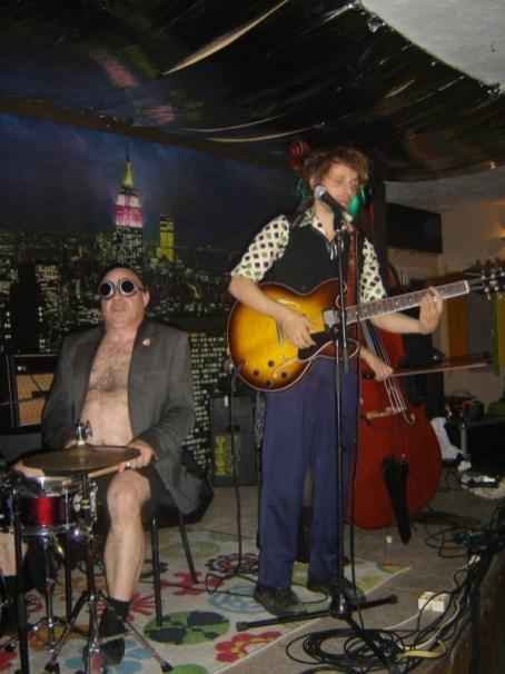 nicolas jules en concert dans le cadre du festival Les berniques en Folie à l'Ile d'Ye