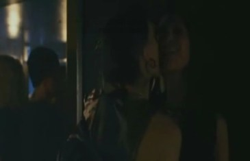 Rooney Mara, bisexual girl, lesbian kiss, bar girls