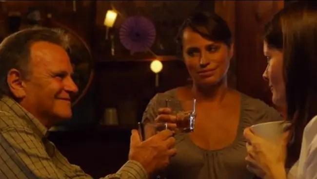 Nico dándole al drinking