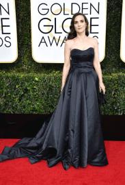 Winona Ryder Golden Globes 2017