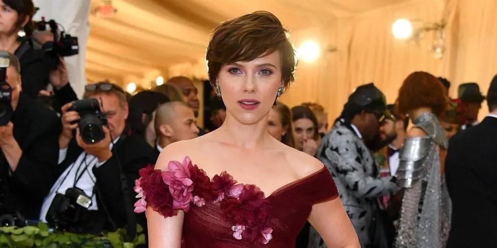 Scarlett Johansson no aprende y ahora interpretará a un personaje transexual