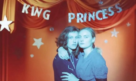 1950 por King Princess – Música con toque lésbico