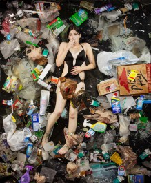 Dan surrounded by seven days of her own rubbish in Pasadena, California. (Photo by Gregg Segal/Barcroft Media)