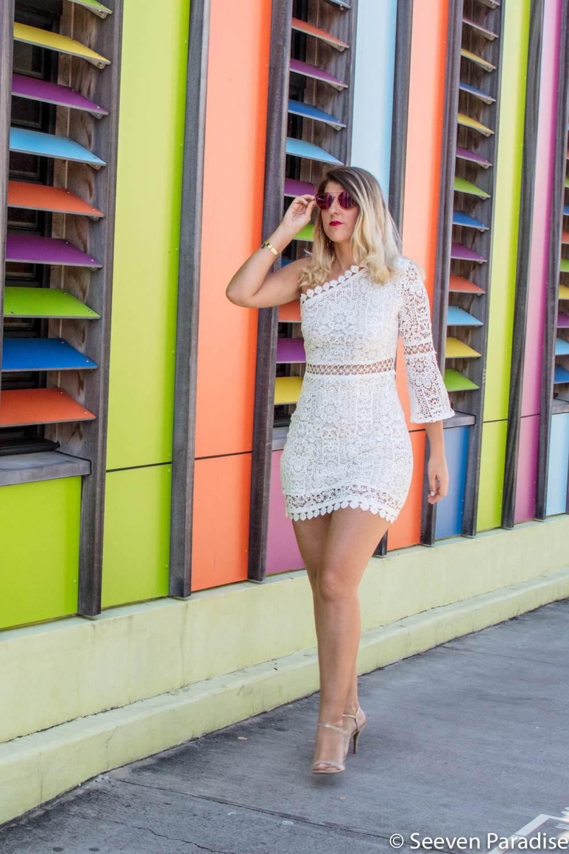 robe blanche en dentelle porté par les bons plans de stef