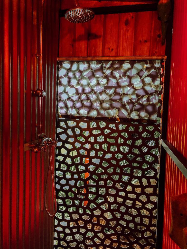 salle d'eau extérieure the bird house