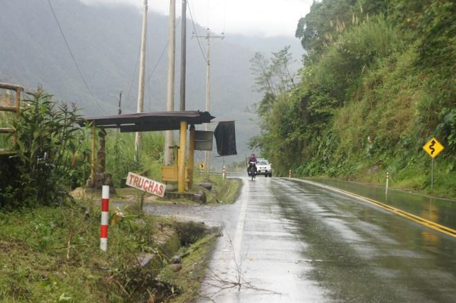 Sur la route entre Mera et Simon Bolivar