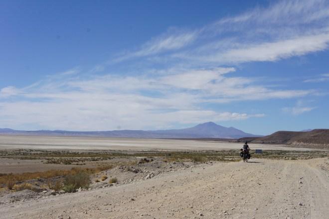 La beauté du paysage nous fait un peu oublié l'état de la route