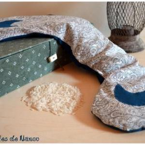 Bouillotte cervicale bleue et blanche