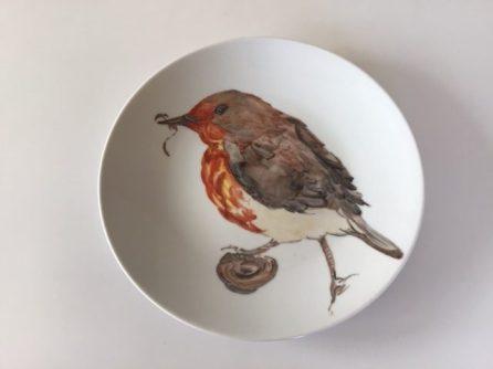 Le rouge-gorge. Assiette porcelaine peinte à la main. Pièce unique. Création 2019.