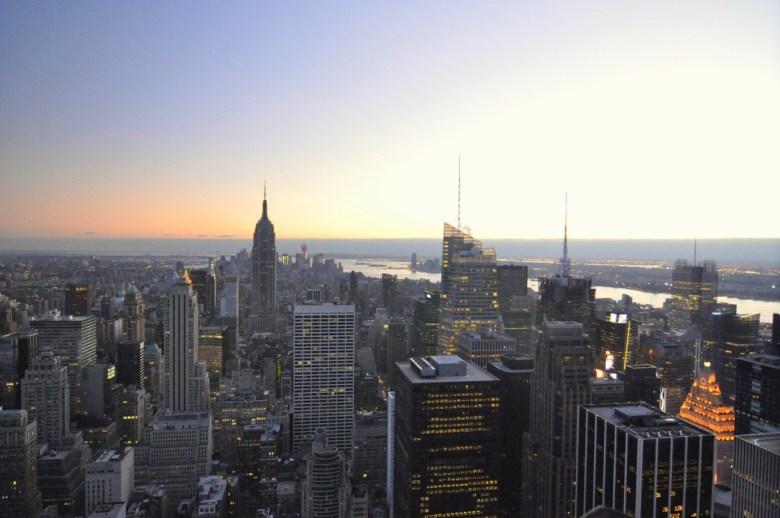 Au loin la vue sur l'Empire State Building