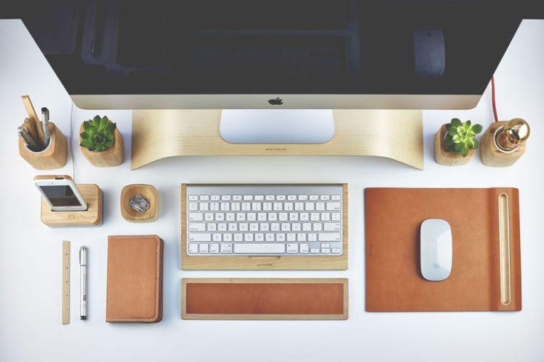 grovemade-deskcollection-maple-view1