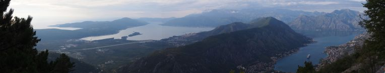 Les bouches de Kotor (après 900 m d'efforts)