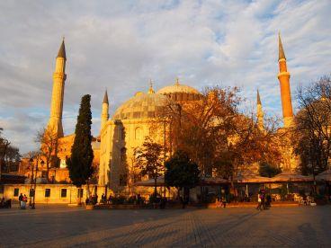 Ancienne cathédrale, puis mosquée Sainte-Sophie, aujourd'hui musée
