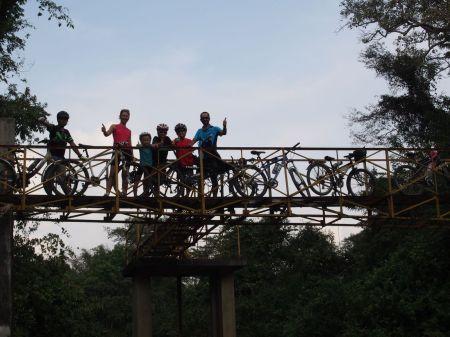 Super journée à vélo à Angkor !