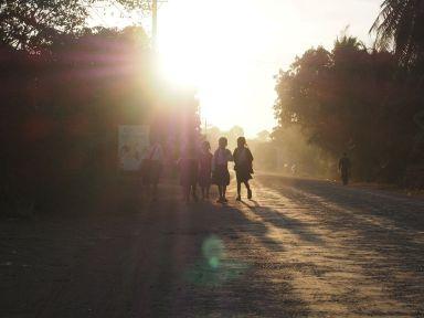 6h30 : trajet des écoliers