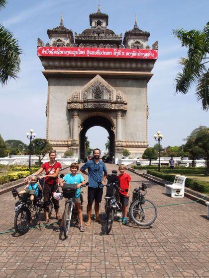 L'arc de triomphe Lao: le Patuxaï