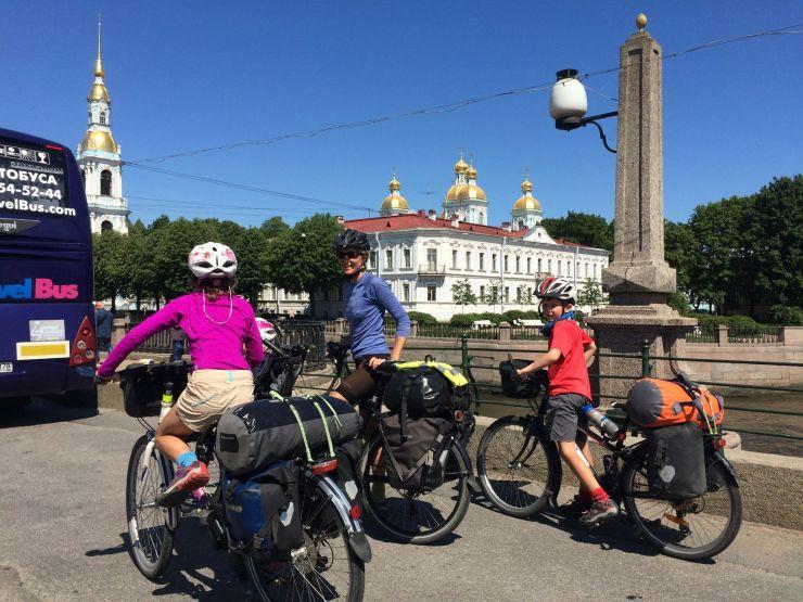 Dans les rues de St Petersbourg