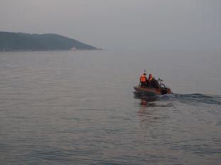 Traversée de l'Angara dans un petit canot
