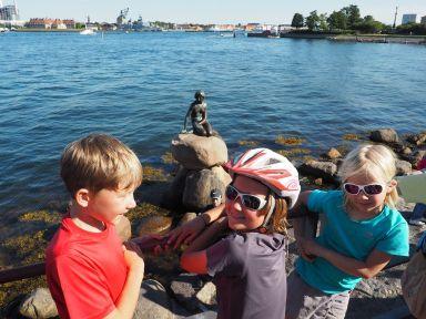 Impossible de quitter Copenhague sans un petit bonjour à la petite sirène de M. Andersen!