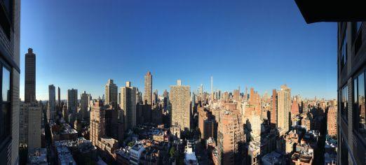 La vue depuis l'appartement, où nous sommes reçus très généreusement