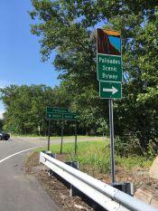 ... nous parcourons des parcs naturels comme le State Park Palisades