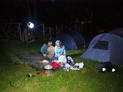 Camping dans les jardins de nos hôtes