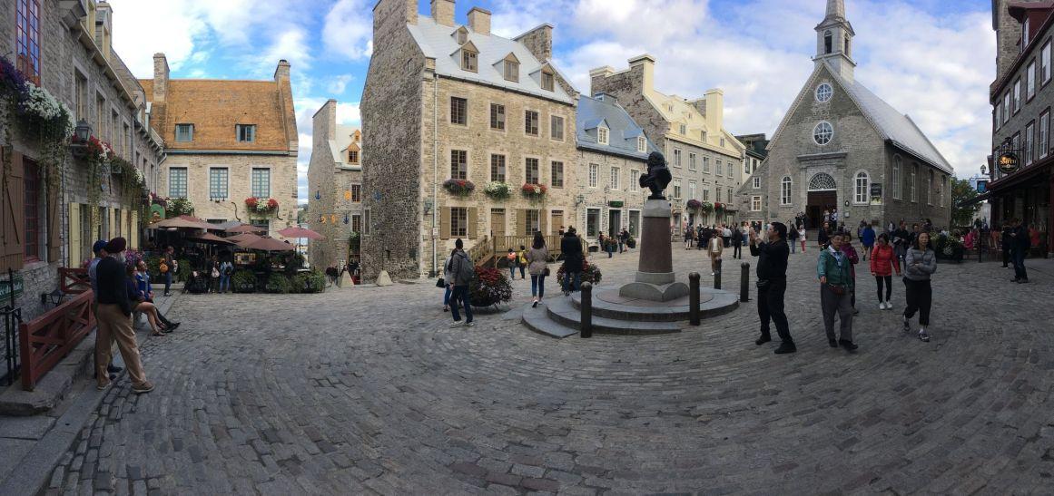 Sur la place royale dans la basse-ville de Quebec