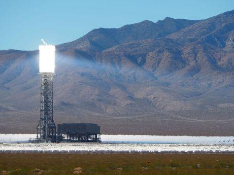 ...La centrale solaire à tour