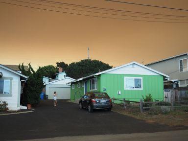 le lendemain c'est plus apocalyptique avec les fumées des incendies en cours