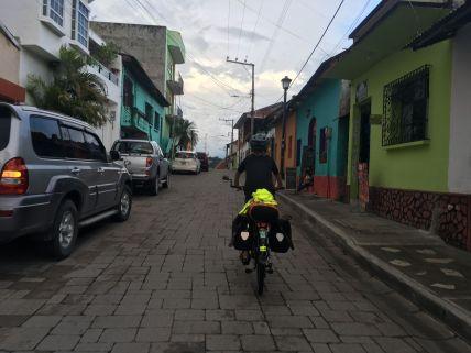 Dans les petites rues de Flores