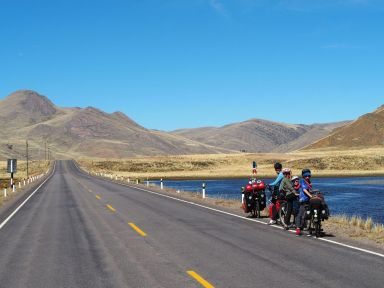 La route nous fait traverser des paysages sublimes...