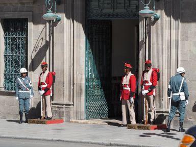Visite des bâtiments officiels