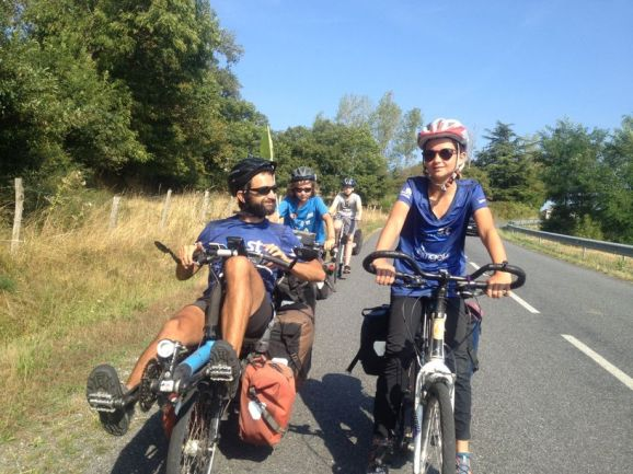 Le vélo permet des bons moments pour discuter