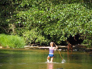 La rivière un énorme terrain de jeux