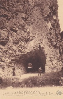 Boulc Personnages au tunnel