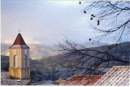 Eglise matin d'automne