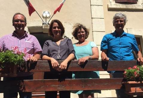 Le maire, Bernard Buis, reçoit Celia LAVERGNE, la nouvelle députée de la circonscription